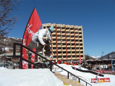 Vars - off-piste snowboarding 
