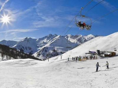 Espace Lumi�re - chair lift and ski runs