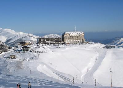 Superbagn�res - ski run and ski resort