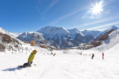 Orci�res 1850 - ski run and ski resort