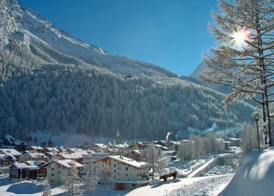 Saas Almagell - winter panorama
