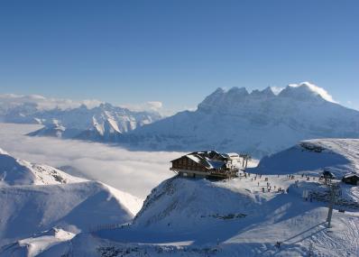 Portes du Soleil -  πανοραμική θέα του βουνού